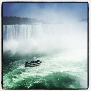 Niagara Falls & tour boat