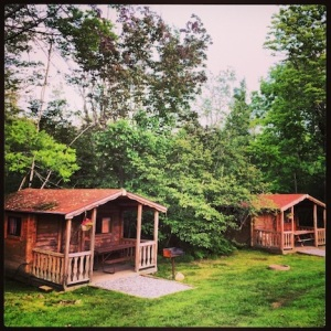 Cute cottages for rent at the RV park.