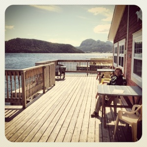 Lunch at Merchant Warehouse Retro Cafe & Wine Bar, Woody Point